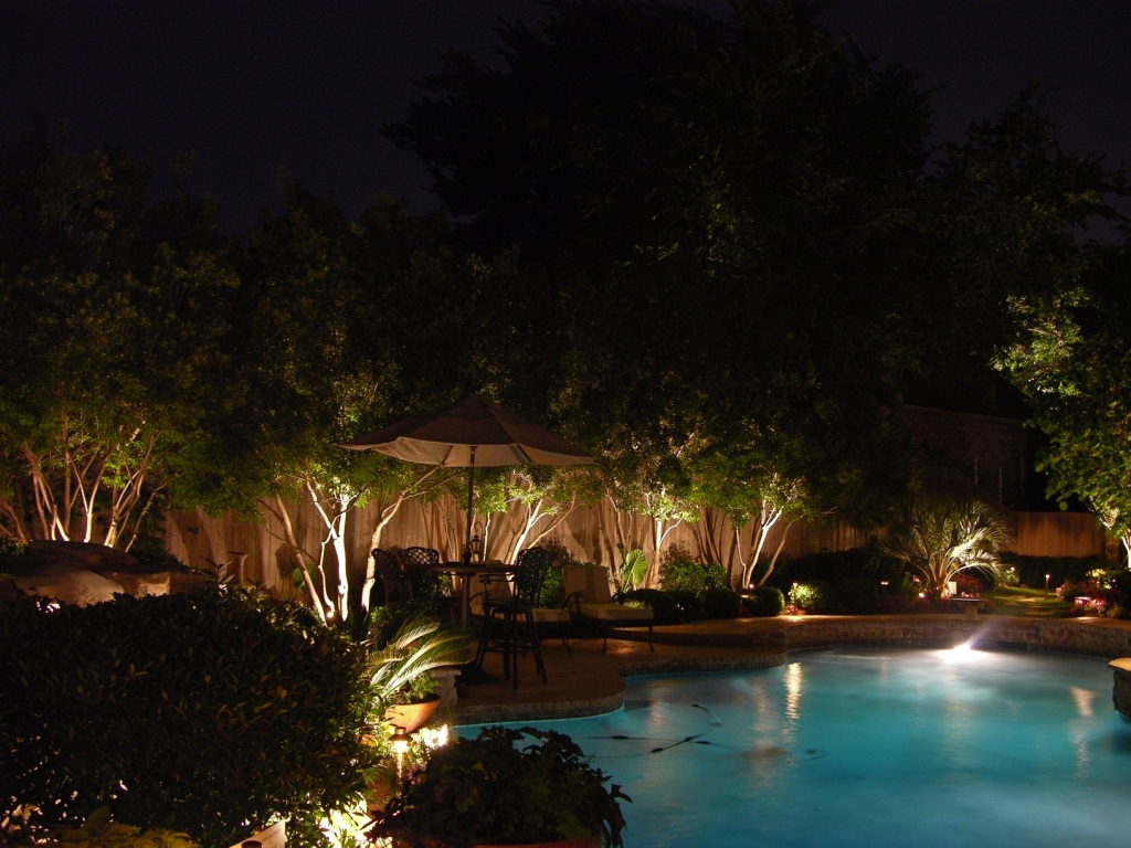 Outdoor LED lighting in front of pool