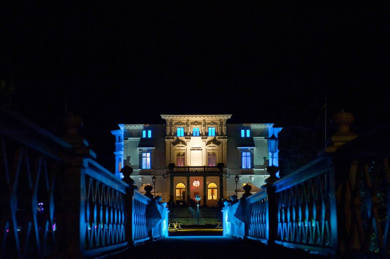 LED Lighting adds colorful blue accents to a palatial home